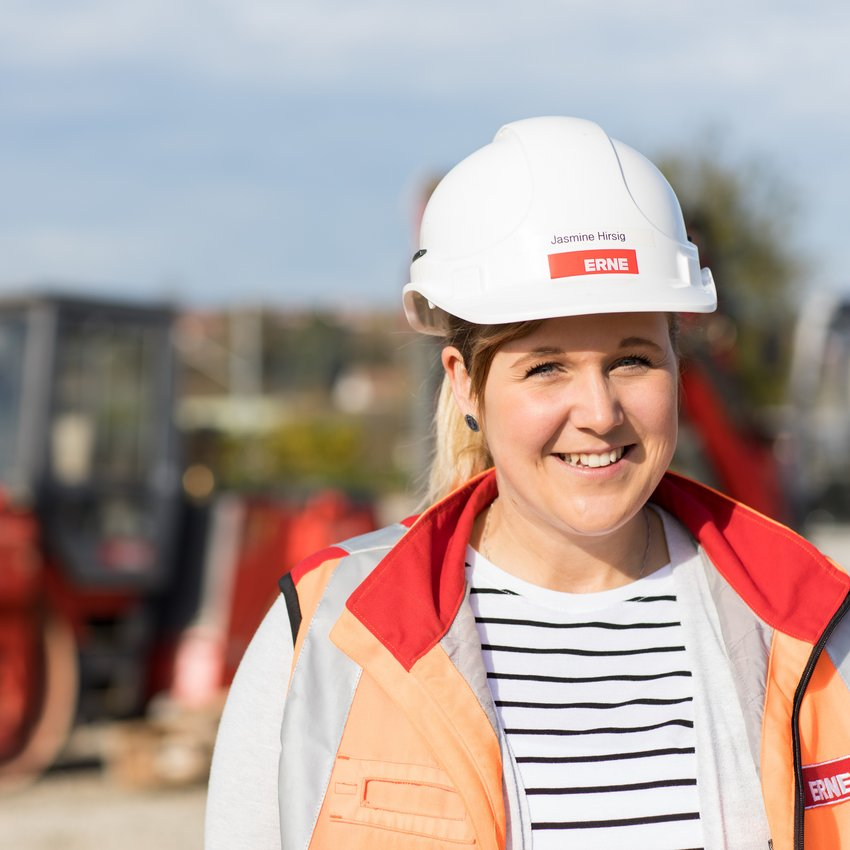 ERNE Bauführerin Jasmine Hirsig