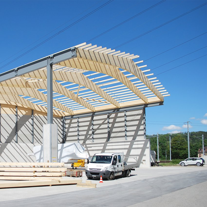 Neubau Lagerhalle in Stahl-Holzkonstruktion